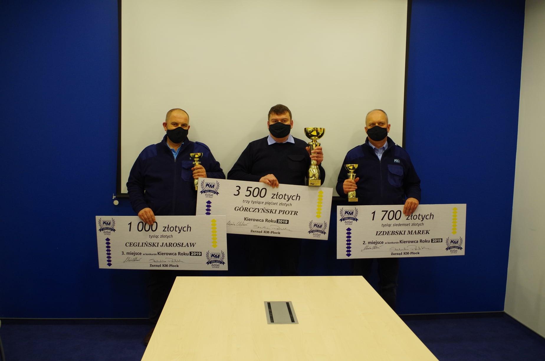 Puchary i nagrody pieniężne. Poznaliśmy najlepszych kierowców - Zdjęcie główne