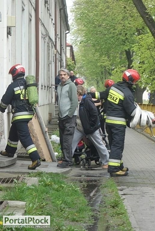 Pożar w budynku na Sienkiewicza - Zdjęcie główne
