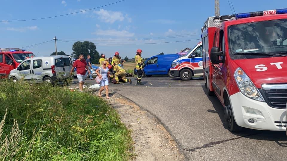 Zderzenie w Miszewie Murowanym. 88-letni mężczyzna trafił do szpitala - Zdjęcie główne