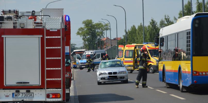 Śmiertelne potrącenie rowerzysty. Zablokowana droga - Zdjęcie główne