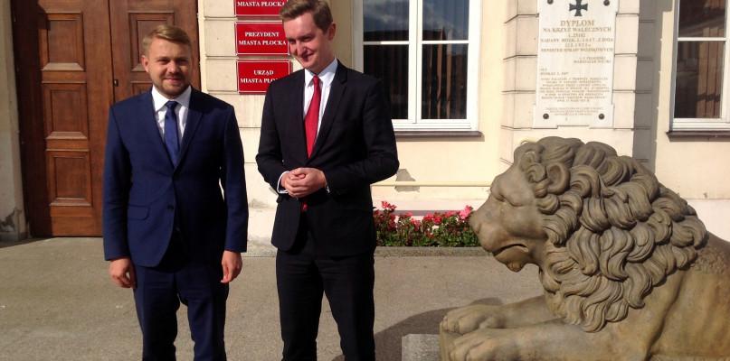 Wiceminister sprawiedliwości: Sejm potrzebuje prawników - Zdjęcie główne