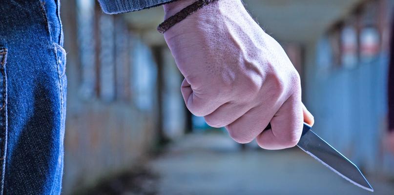 Zaatakował nożem w pobliżu przedszkola. Jest decyzja prokuratury - Zdjęcie główne