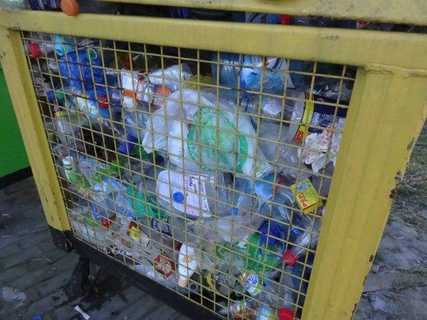 Śmieciowe zagadki. Do kogo deklaracje - Zdjęcie główne