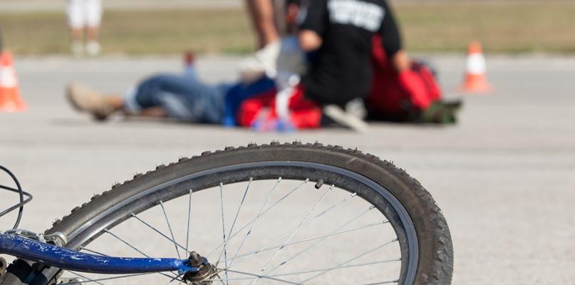 Śmiertelne potrącenie rowerzysty w podpłockiej miejscowości - Zdjęcie główne