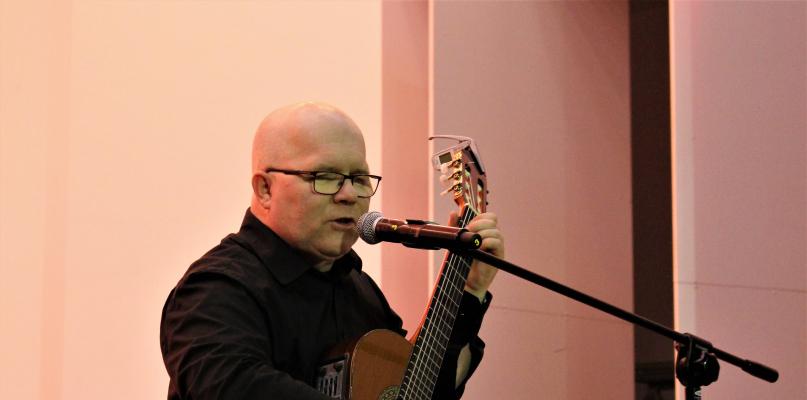 Andrzej Kołakowski zaśpiewał dla Żołnierzy Wyklętych [ZDJĘCIA] - Zdjęcie główne