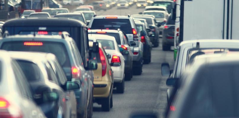 Kierowcy, uważajcie. Potężny korek przy wjeździe do Płocka - Zdjęcie główne