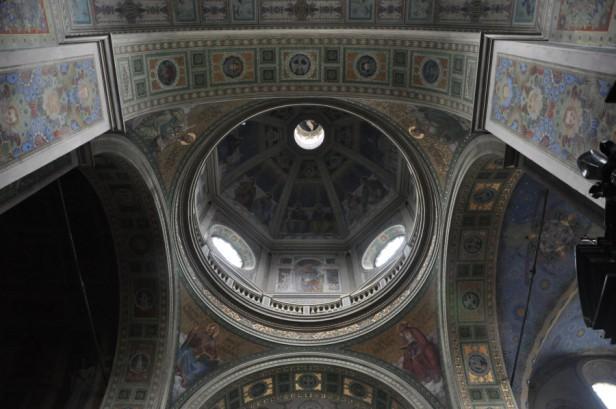 Biskup Płocki: Otwarte kościoły to wielka łaska i dar - Zdjęcie główne