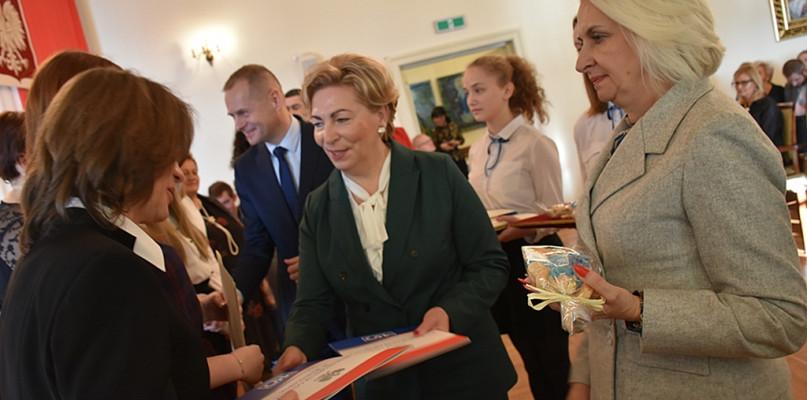 Młodzi, zdolni i pracowici. Stypendyści premiera z regionu płockiego - Zdjęcie główne