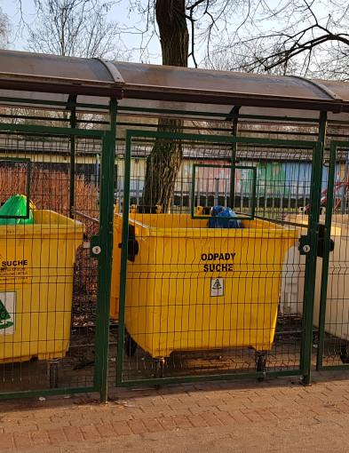 Sortowanie śmieci sprawia nam dużą trudność. Ratusz przygotował ulotkę  - Zdjęcie główne
