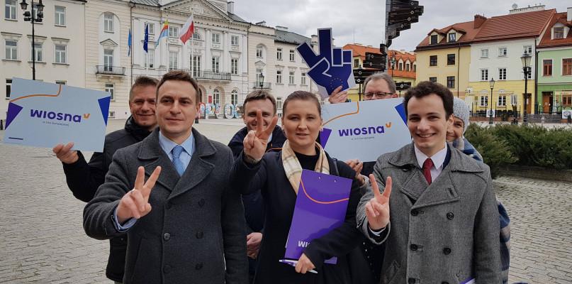 Partia Roberta Biedronia ogłosiła liderów w najbliższych wyborach. Na Mazowszu... - Zdjęcie główne