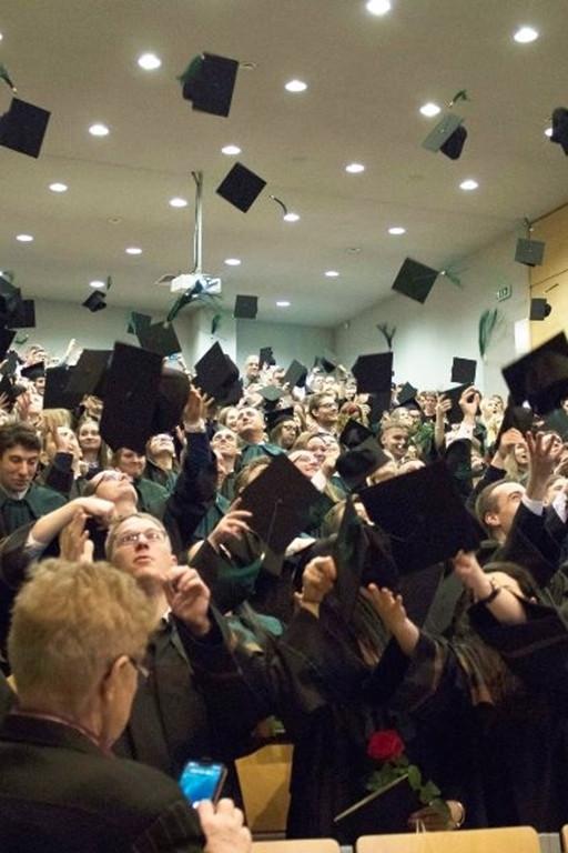 Uroczystość wręczenia dyplomów 2019 - Zdjęcie główne