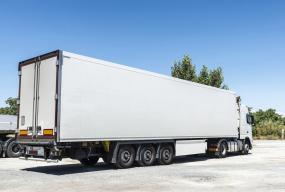 Transport produktów w niskich temperaturach – jak się odbywa? - Zdjęcie główne