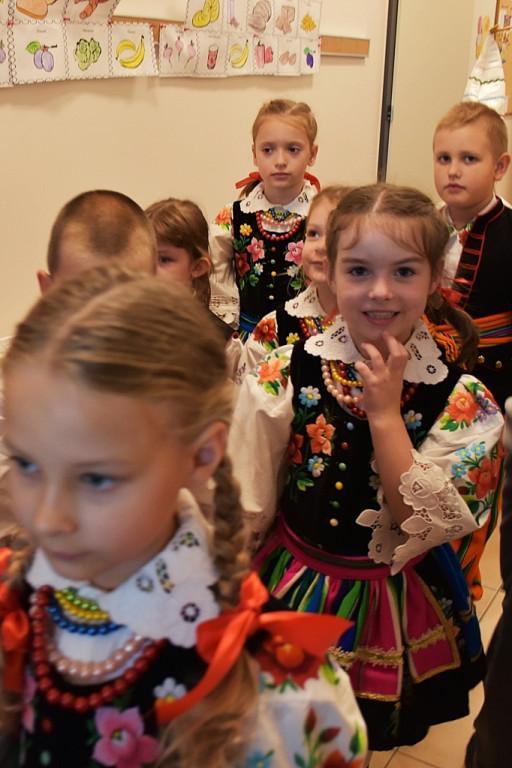 Przedszkole znów otwarte. Były występy i prezenty - Zdjęcie główne