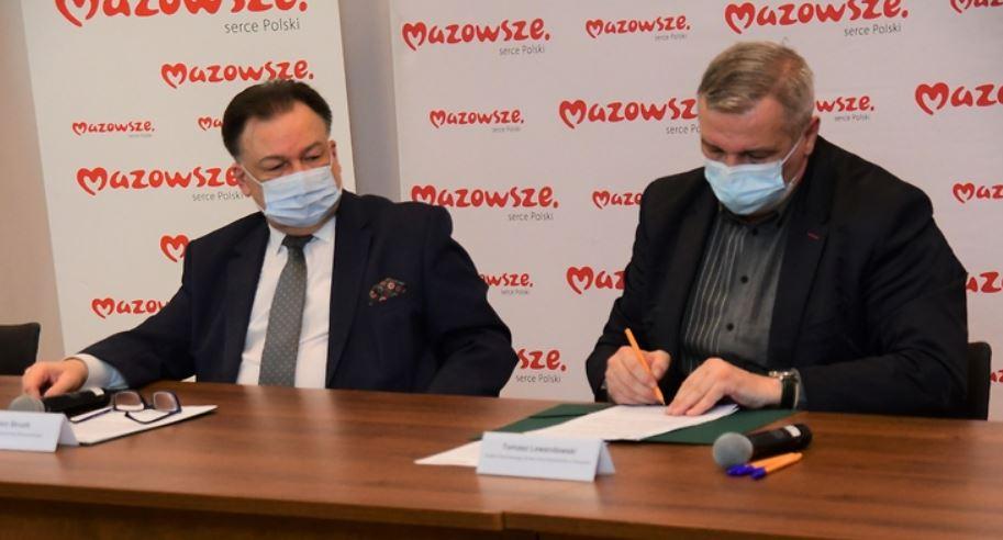 1,5 mln zł na drogę w Czerwińsku nad Wisłą. Podpisano umowę z wykonawcą - Zdjęcie główne