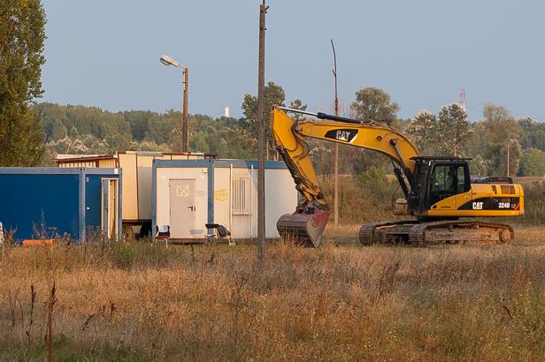 Budowa stadionu. Przerwano prace [FOTO] - Zdjęcie główne
