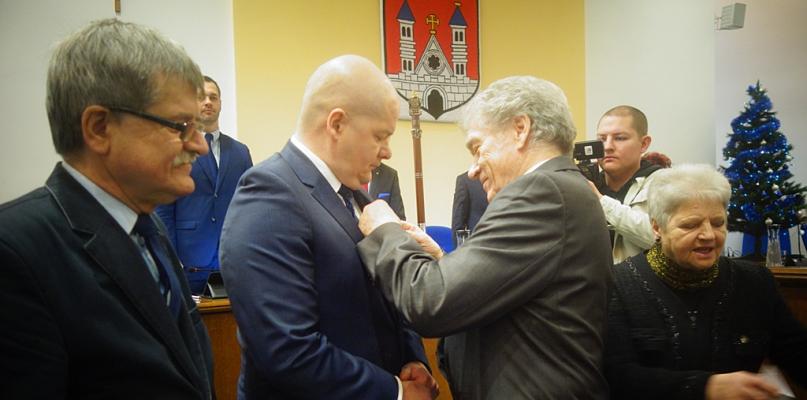 Prezydent Płocka wraz z wiceprezydentem zostali odznaczeni [FOTO] - Zdjęcie główne