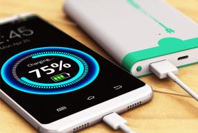 Jaki powerbank do smartfona? Jak wybrać najlepszy model? - Zdjęcie główne