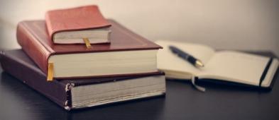 3 powody, dla których warto korzystać z usług biura tłumaczeń - Zdjęcie główne