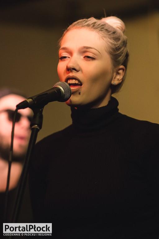Daria Zawiałow w Rock 69 - Zdjęcie główne