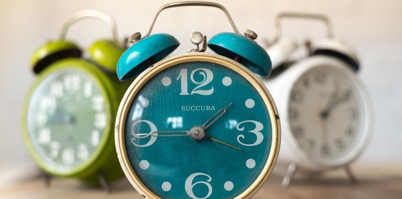 Kiedy znów przestawiamy wskazówki zegarków o jedną godzinę?   - Zdjęcie główne