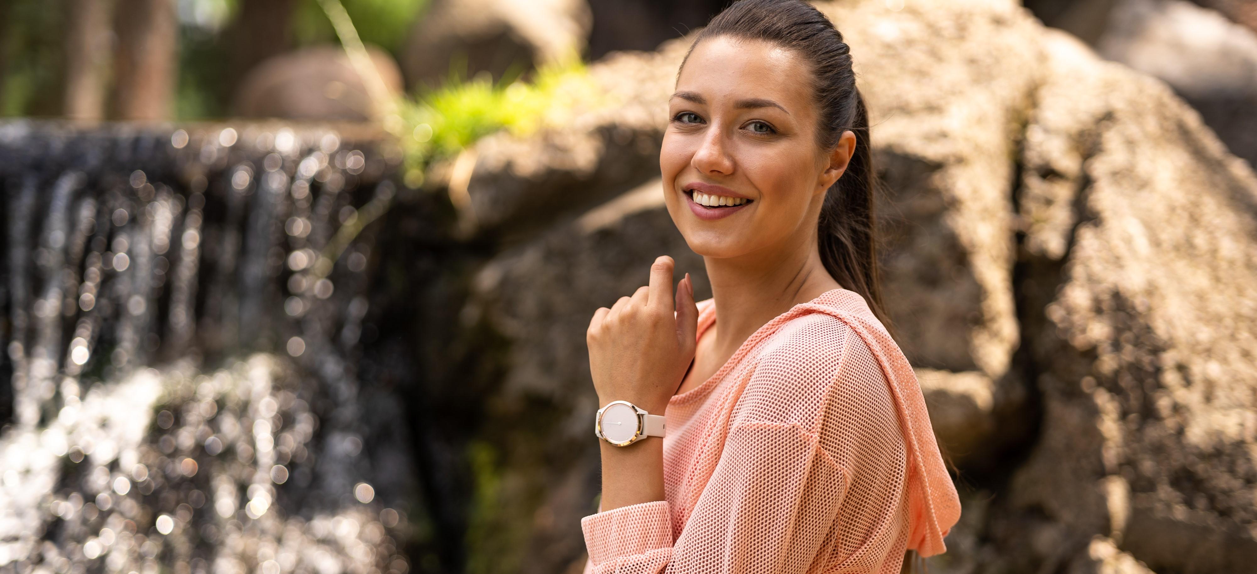 Smartwatch damski - zadbaj o swoje zdrowie! - Zdjęcie główne