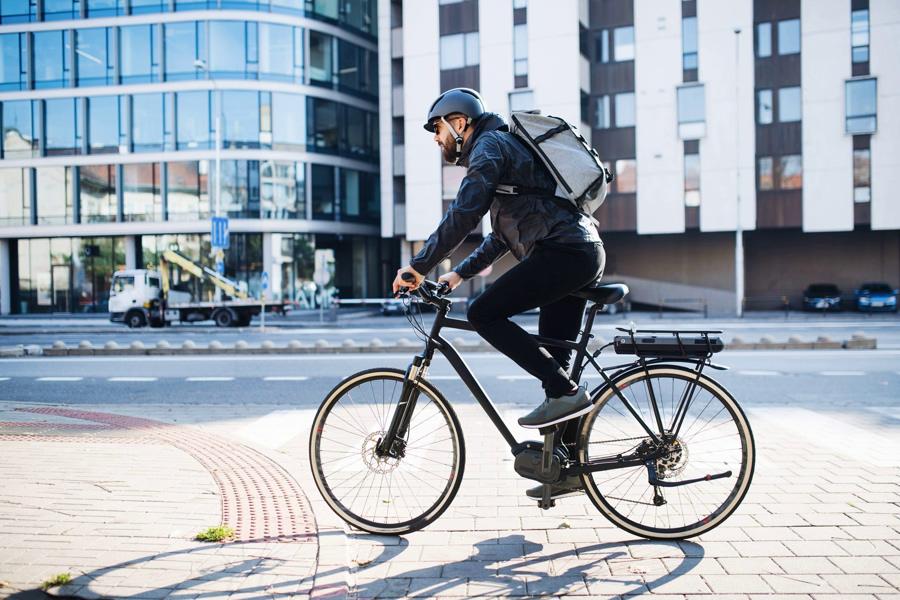 Dlaczego posiadanie roweru elektrycznego stało się tak popularne - Zdjęcie główne
