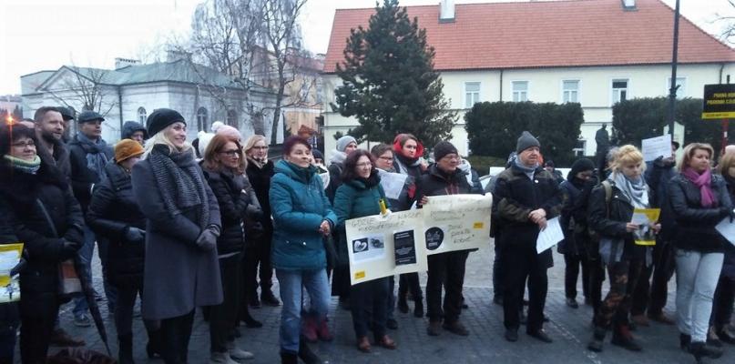 Czarny piątek w Płocku. Ile osób protestowało? - Zdjęcie główne