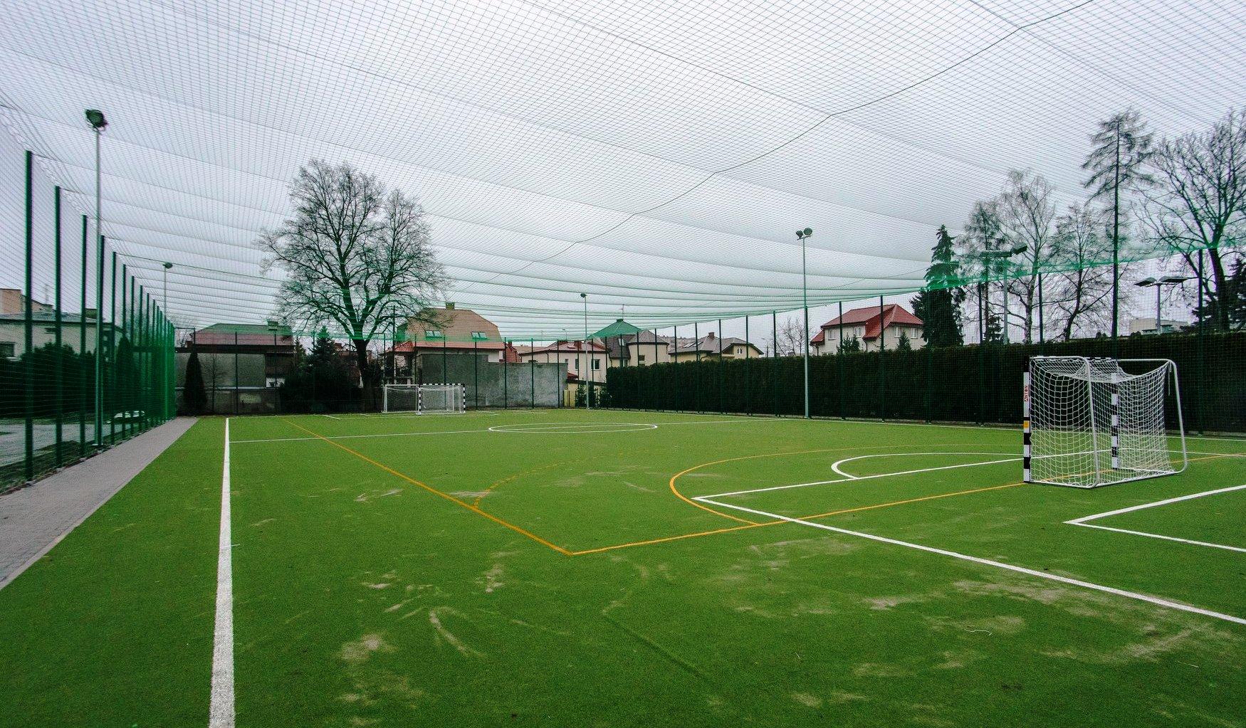 Miejsce do gry w piłkę nożną czy siatkówkę. Nowe boiska przy Stanisławówce gotowe [ZDJĘCIA] - Zdjęcie główne