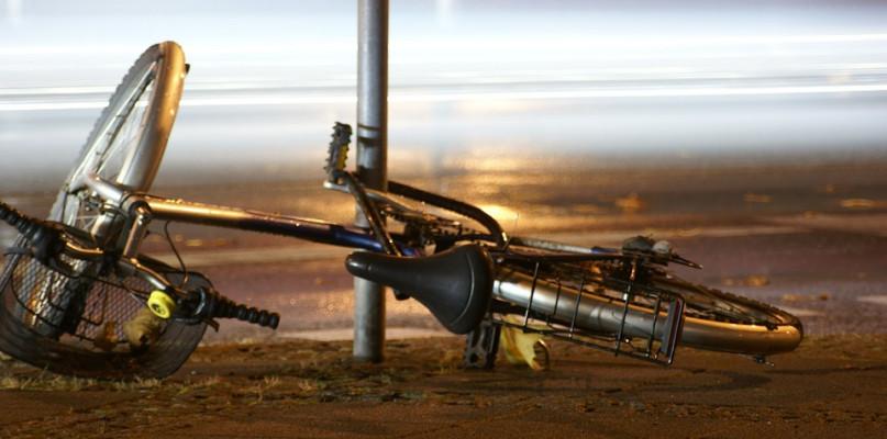 Wypadek. Rowerzysta z obrażeniami ciała trafił do szpitala - Zdjęcie główne