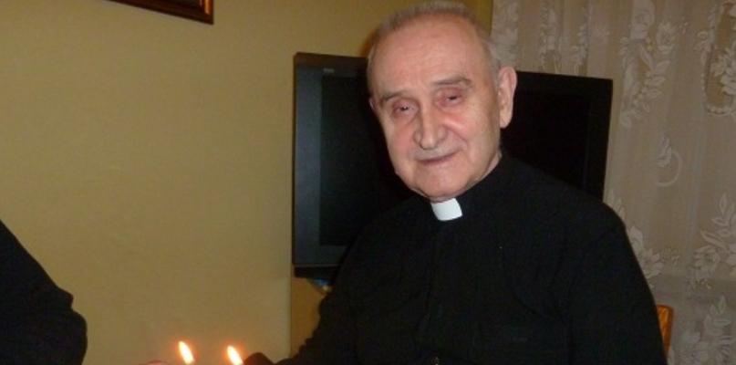 Zmarł ks. prałat Władysław Stradza. Był pierwszym proboszczem na Cholerce - Zdjęcie główne