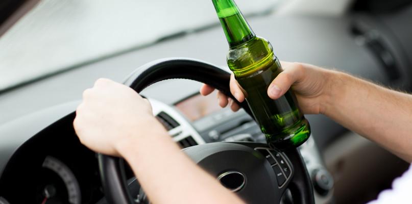 Ponad 4 promile alkoholu we krwi 40-letniego kierowcy  - Zdjęcie główne