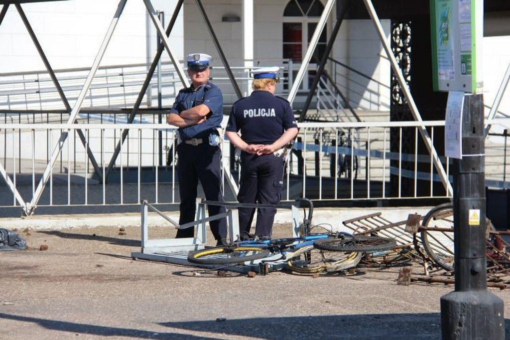 Kibice kontra policja. Dworzec zdemolowany - Zdjęcie główne