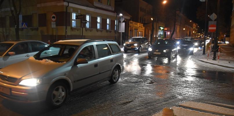 Kierowcy, uważajcie! Zapowiadają trudne warunki na drogach - Zdjęcie główne