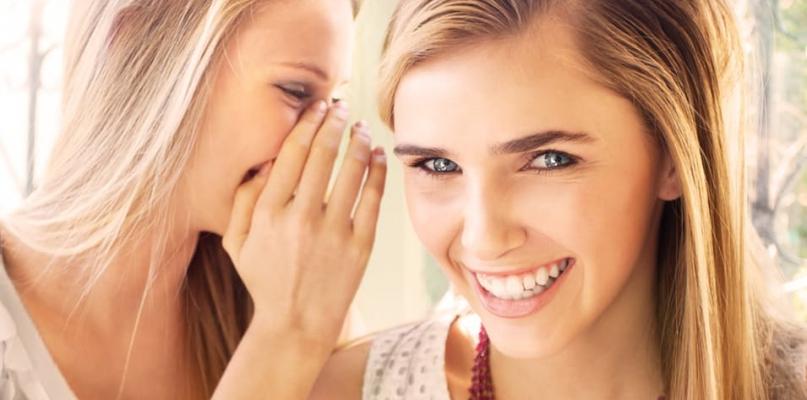 Piękny i zdrowy uśmiech – aparaty lingwalne - Zdjęcie główne