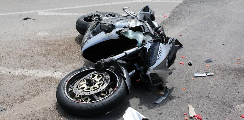 Wypadek z udziałem motocyklisty, kolejne zatrzymane prawa jazdy  - Zdjęcie główne