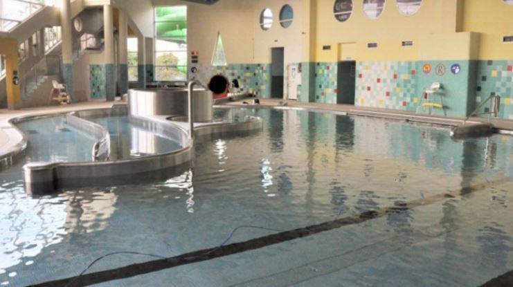 Gdzie na basen w Płocku? Sprawdzamy oferty płockich pływalni [CENY, ADRESY] - Zdjęcie główne