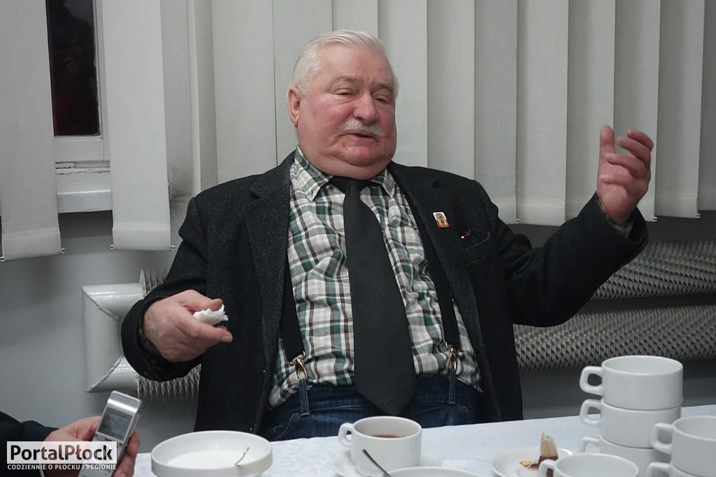 Lech Wałęsa konferencja - Zdjęcie główne