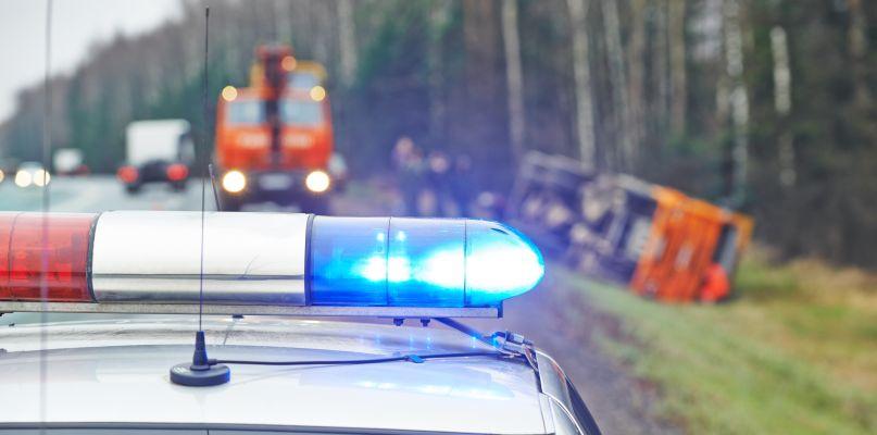 Czołowe zderzenie w Drobinie. Dwie osoby przewiezione do szpitala - Zdjęcie główne