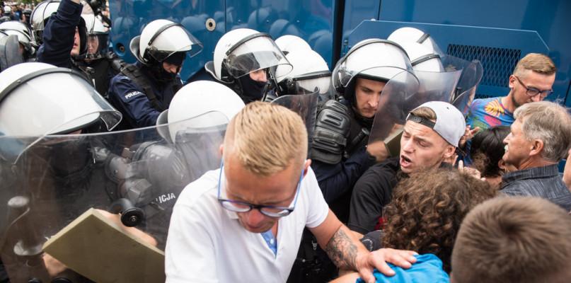 Znieważanie uczestników Marszu Równości. Chcą zawiadomić prokuraturę - Zdjęcie główne