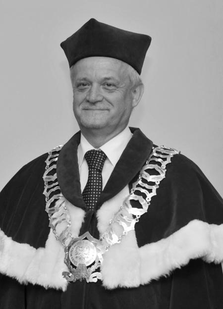 Nie żyje Romuald Dobrzeniecki  - Zdjęcie główne