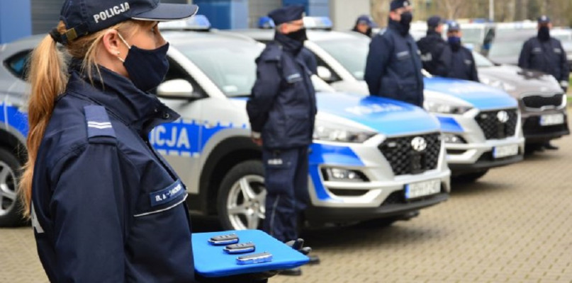 Nowe samochody dla policjantów w powiecie płockim [FOTO] - Zdjęcie główne