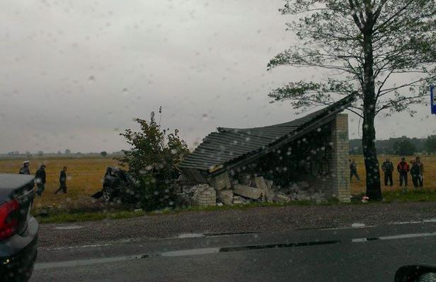 Nie żyje ofiara wypadku w Chylinie - Zdjęcie główne