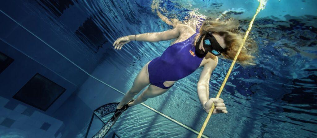 Spróbuj freedivingu w najgłębszym symulatorze warunków nurkowych na świecie! - Zdjęcie główne