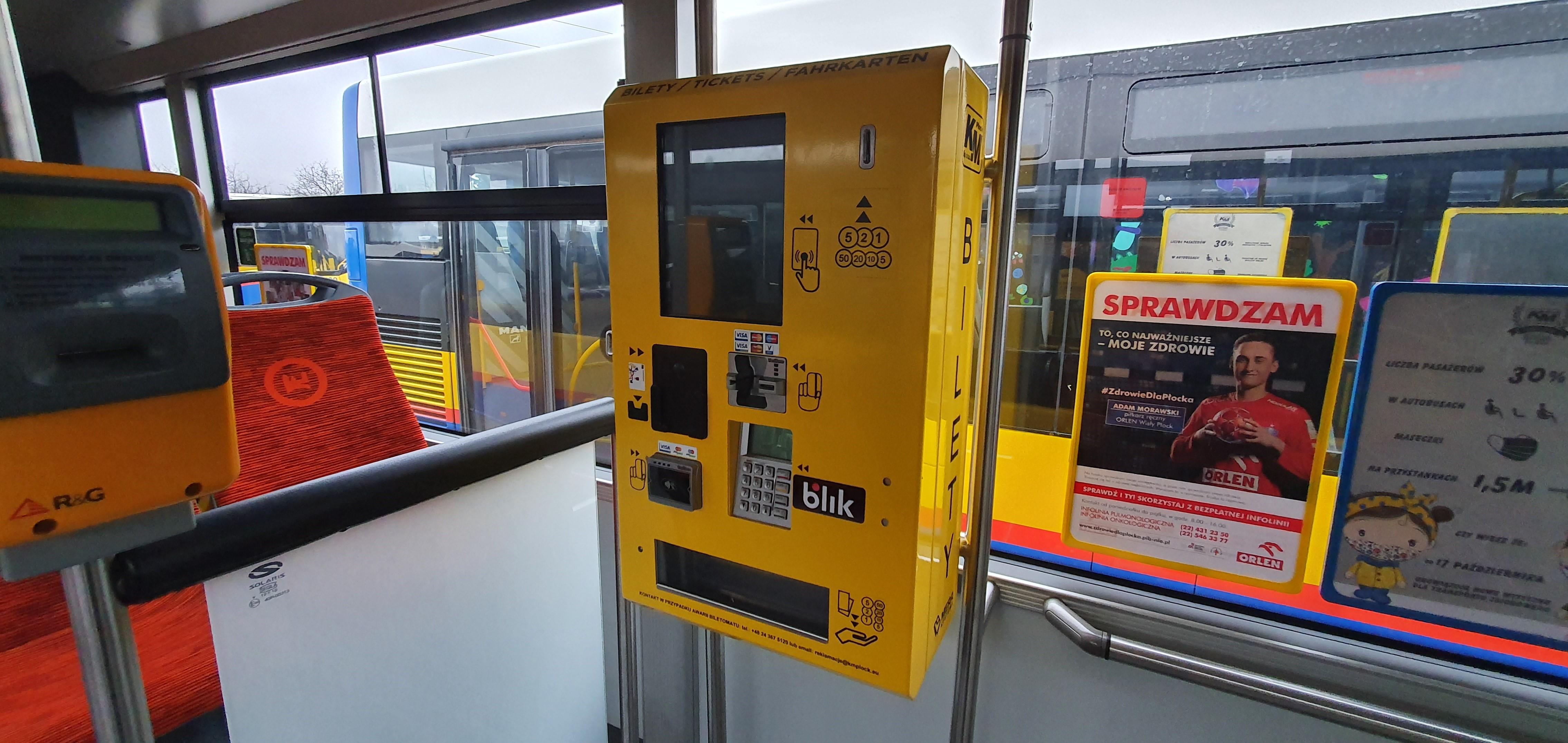 Płatność gotówką znika z autobusów. Jak płocczanie reagują na zmiany?  - Zdjęcie główne
