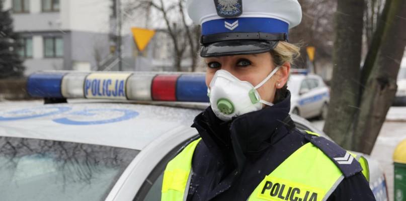 Policjanci w maskach. Czy i płoccy będą takie nosić? - Zdjęcie główne
