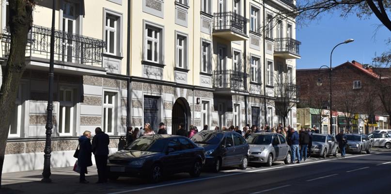 Odnowiona kamienica przy Sienkiewicza ma już lokatorów. Wręczono klucze [FOTO] - Zdjęcie główne