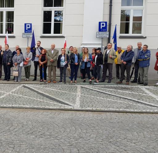 Protest w obronie sądów - Zdjęcie główne