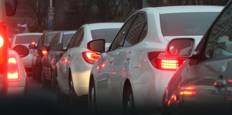 Ekostrefy: Bezpłatny wjazd tylko dla samochodów na prąd lub gaz - Zdjęcie główne
