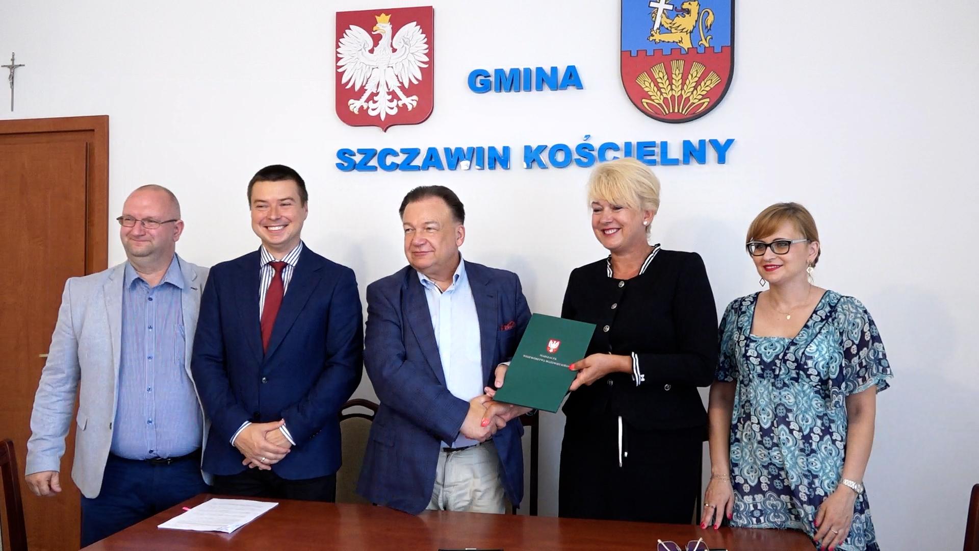Obwodnica, ścieżki rowerowe i drogi w powiecie gostynińskim. Podpisano porozumienia - Zdjęcie główne