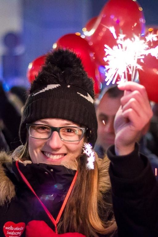 Ulica Tumska w blasku zimnych ogni - Zdjęcie główne